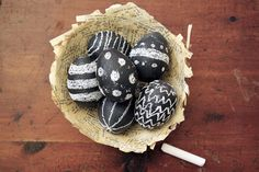 Chalkboard Easter Eggs | 40 Creative Easter Eggs