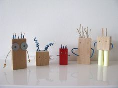 Upcycling building blocks into robots with Redstitch