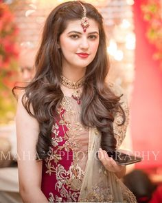Bookings open for 2018 call or WhatsApp 92 333 5916771 92 333 Kindly inbox us for our updated packages Detail. Wedding Day Wedding Planner Your Big Day Weddings Wedding Dresses Wedding bells Pakistani Bridal Hairstyles, Saree Hairstyles, Open Hairstyles, Pakistani Wedding Dresses, Indian Hairstyles, Tikka Hairstyle, Daily Hairstyles, Indian Dresses, Hairstyle Ideas