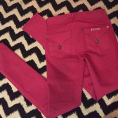 Hudson skinnies These are so cute, very soft & comfortable too. Only worn twice, perfect condition! Hudson Jeans Pants Skinny