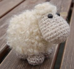 "Sheep Etu - Free Amigurumi Pattern - PDF - Pattern available in English (""003 Sheep Etu.pdf""), Estonian and German - Click ""download"" or ""free Ravelry download"" http://www.ravelry.com/patterns/library/sheep-etu"