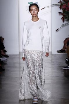 Adam Selman Spring 2016 Ready-to-Wear Fashion Show - Jisu Hong Look 15  Love the idea of a sweatshirt and sneakers paired with a lacy skirt