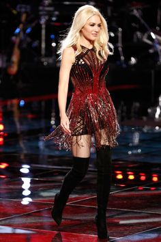 Gwen Stefani in Julien Macdonald on The Voice | November 13, 2015