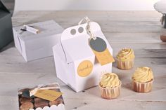 We know you are a pro in the kitchen, so you deserve the best boxes for your baking creations! Ref. 2249: http://selfpackaging.com/2249-happy-box-778.html //b #cupcakes #baking #cupcake #desserts #cakes