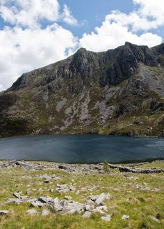 Mountain lake swimming in Snowdonia National Park Swim Safe, Snowdonia National Park, Water Safety, Open Water Swimming, Days Out, Small Towns, Southeast Asia, Great Photos, Dip