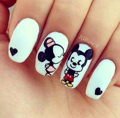 Patterned Nail Polish Fashions # Patterned # Nail Polish Acrylic Nails Related posts: Nail art design Winter 2018 photo 13 Beautiful summer nail art designs to try this summer Black Matt Nails, … Cute Nail Art, Easy Nail Art, Cute Nails, My Nails, Gelish Nails, Fall Nails, Mickey Mouse Nail Design, Minnie Mouse, Mouse Ears