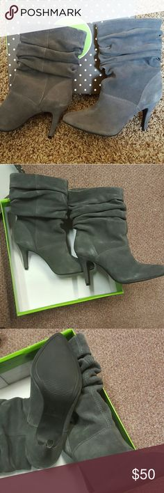 NEW KELLY AND KATIE ALESA GRAY BOOTIES Brand spanking new with box Make me an offer I want them gone Kelly & Katie Shoes Ankle Boots & Booties