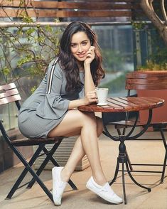 Shraddha Kapoor Looking gorgeous in this photos, Shraddha Kapoor latest pictures, Shraddha Kapoor sexy photos, Shraddha Kapoor pic Beautiful Bollywood Actress, Beautiful Indian Actress, Beautiful Actresses, Indian Bollywood, Bollywood Fashion, Bollywood Girls, Bollywood Stars, Bollywood News, Shraddha Kapoor Cute