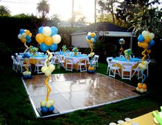Graduation Party Ideas For Backyard Outdoor Dance Try This In Our Hilly Bumpy Back Yard College Graduation Outdoor Graduation Party Food Ideas Outdoor Graduation Parties, Graduation Party Foods, College Graduation Parties, Grad Parties, Graduation Ideas, Graduation Balloons, Grad Party Decorations, Backyard Decorations, Decoration Party