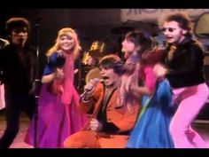 Why Do Lovers Break Each Other's Hearts (Showaddywaddy, Live 1980) - YouTube