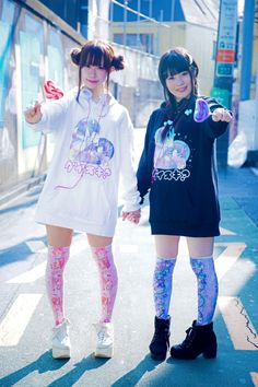 http://kawaii-box-co.tumblr.com/post/137369236886/photoset_iframe/kawaii-box-co/tumblr_nz56vwM3jD1s0s3nu/700/false
