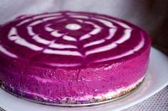 Чернично-финиковый торт без выпечки