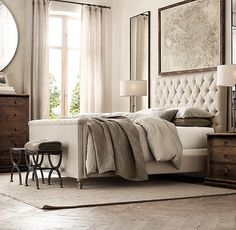 Chesterfield Fabric Panel Bed With Footboard Home Bedroom, Modern Bedroom, Master Bedroom, Bedroom Decor, Bedroom Ideas, Luxury Home Furniture, Bedroom Furniture, Antique Furniture, Modern Furniture