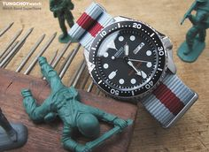 For SUMMER look: Grey & Burgundy Red G10 Nato Strap on Seiko SKX007