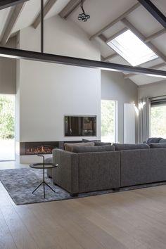 Home Living Room, Living Room Decor, Garden Architecture, Loft, Villa, Interior Design, House Styles, Furniture, Home Decor