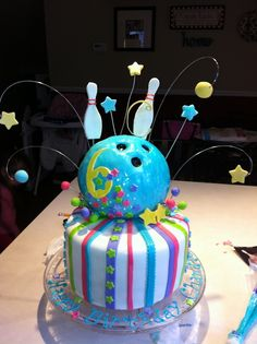bowling cakes for girls | Pin Bowling Ball Cake Ideas Birthday Invitation Cake on Pinterest