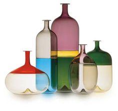 Finnish designer Tapio Wirkkala designed the Bolle series of vases for renowned art glass studio Venini & C. Glass in Murano, Italy in Glass Bottles, Glass Vase, Wine Bottles, Vodka Bottle, Glas Art, Vintage Design, Gio Ponti, Glass Design, Hand Blown Glass