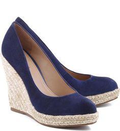 Shoes Heels Wedges, Wedge Heels, High Heels, Pretty Shoes, Cute Shoes, Designer Sandals, Cute Sandals, Suede Sneakers, Casual Shoes