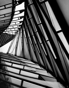 Through The Helix by Gabriel Tompkins, via Flickr