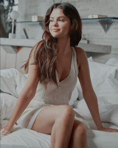 Selena Gomez Style, Fashion, Moda, Fashion Styles, Fashion Illustrations
