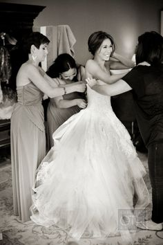Getting ready is a process, but make sure you make it a fun process! #Luxbride