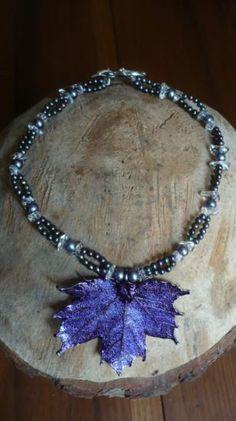 collana foglia, perle, cristallo di rocca collana foglia argentata,perle,cristallo di rocca miste