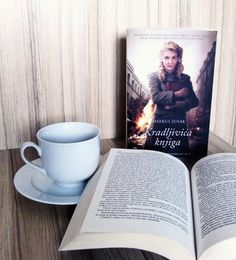 Bom dia :) .  Credits to @drage_knjige .  #book #knjiga #bookworm #booktime #coffee #reading #bookstagram #instabook #ilovebooks #bookphotography #bookish #bibliophile #thebookthief