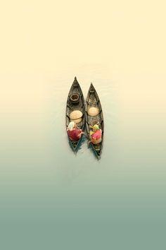 dialogue twin boats
