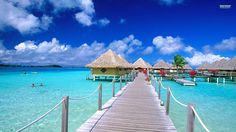 Bora Bora island is such an amazing place for a special vacation or honeymoon. This is what you can expect to see at the InterContinental Le Moana Resort in French Polynesia.