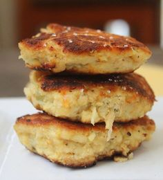 Crab cakes recipe - I fancy trying this with smoked fish instead as it's much more common down under