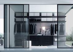 Wil je de kleding goed zichtbaar vanuit een andere ruimte van je huis, of juist liever niet?