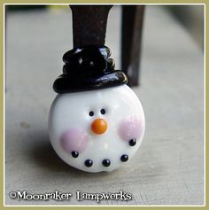 Frosty the Snowman Winter Holiday Lampwork Bead by moonrakerbeads, $8.00