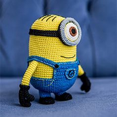 Minion Stuart (Despicable Me) amigurumi crochet pattern by AradiyaToys