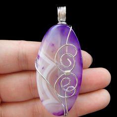 E0024499 Beautiful Wire Wrap onyx agate pendant bead