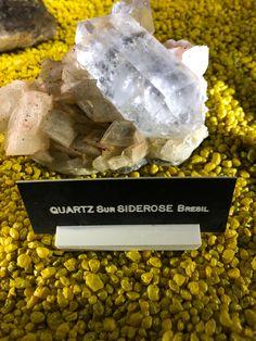 Le quartz est l'un des minéraux les plus commun avec environ 12% de la lithosphère totale du monde. Il n'est pas rare de la voir mélangée à d'autres minéraux précieux.