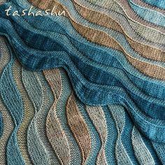 Knitting Patterns Shawl Ravelry: Stole Dunes pattern by Svetlana Gordon Knitting Stitches, Knitting Yarn, Free Knitting, Knitting Patterns, Crochet Patterns, Amigurumi Patterns, Knitting Ideas, Ravelry, Knit Or Crochet