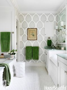 Twelve Chairs Boston fun wallpaper in this bathroom