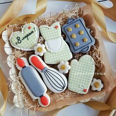 Mother's Day Cookies, Fancy Cookies, Iced Cookies, Cute Cookies, Birthday Cookies, Cupcake Cookies, Sugar Cookies, Cookie Frosting, Royal Icing Cookies