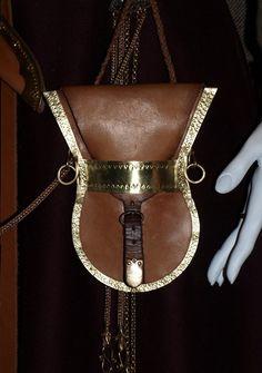 lyre-shaped purse by DarkSun Tattoo, vie deviantART