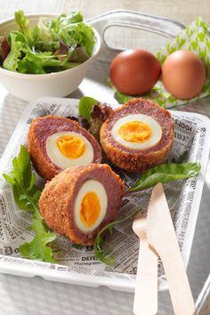 Les œufs écossais, les fameux scottish-eggs, faisaient-ils partis des menus servis sur les plateaux des 7 James Bond qu'il a tourné ? En tout cas ils sont délicieux