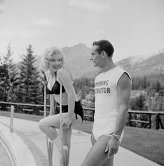 Photographs by John Vachon, found on Immortal Marilyn. 3194458275_1_6_iD9vl4bZ