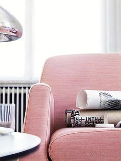 cool pink sofa #homedecor #interiordesign #livingroom