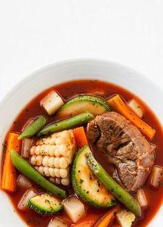 Mole de olla para ti que estas aprendiendo y quieres tener la receta más rica y fácil de preparar. ¡Checa la receta! - Revista - cocinavital.mx