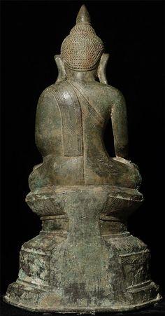 Antique Burmese Shan Buddha Material: Bronze 31 cm high Shan (Tai Yai) style Bhumisparsha Mudra 17-18th century Originating from Burma