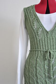 Ravelry: Project Gallery for Bonsai Tunic pattern by Norah Gaughan