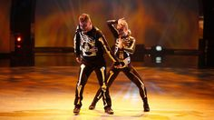 Carly Blaney and Serge Onik perform a Hip Hop routine choreographed by Luther Brown. See more: http://fox.tv/1omhX5r