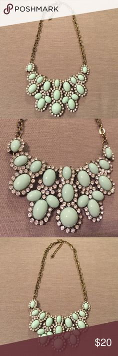 Mint statement necklace Mint statement necklace. Mint with diamonds and gold accents. Chain can make it a different length, it doesn't go super long. Super cute and looks so shinny! Jewelry Necklaces