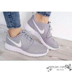 Nike Roshe Run Grey White 2015 Womens Mens