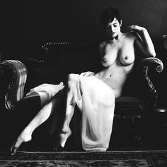 nude, black and white photography