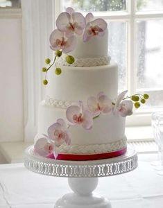 Tartas de boda con orquídeas: fotos ideas originales - Tarta blanca con orquídeas rosas